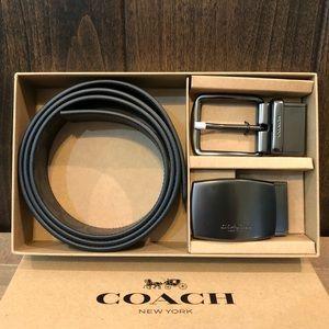NWT Authentic Coach Reversible Belt Gift Set